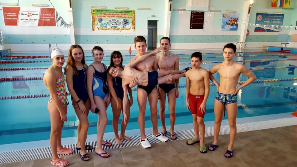 Лицеисты-одни из лучших пловцов Липецка